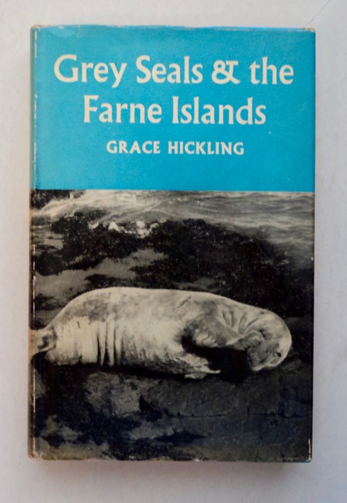 Grey Seals and the Farne Islands. Grace HICKLING.